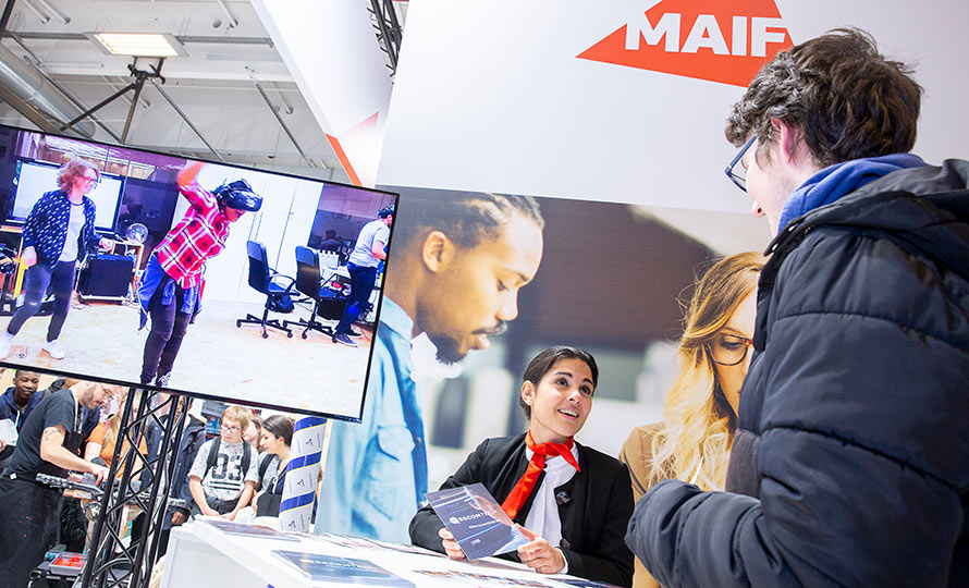 Stand MAIF au Salon de l'éducation de Paris en novembre 2019.
